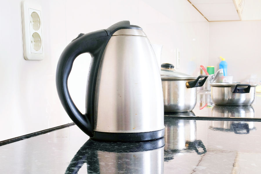 Electric kettle.